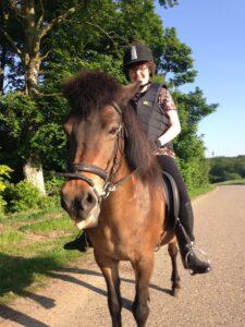 Ridetur på opholdstedets heste | Fonden Team Golå